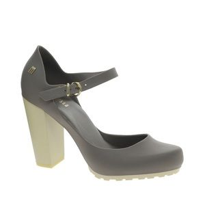 Melissa jelly heels with strap